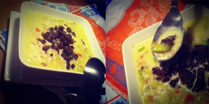 Vegetarische Käse-Lauch-Suppe mit Schwarzbrot-Croutons