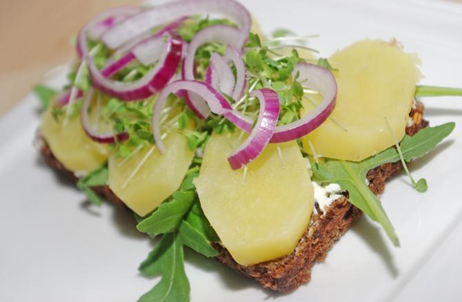 Smörrebröd mit Kartoffeln