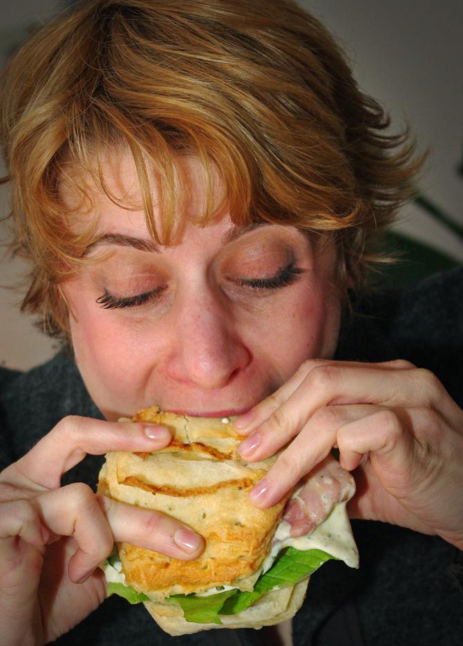 Croissant Burger